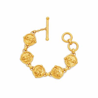 Closeup photo of Bee Link Bracelet Gold