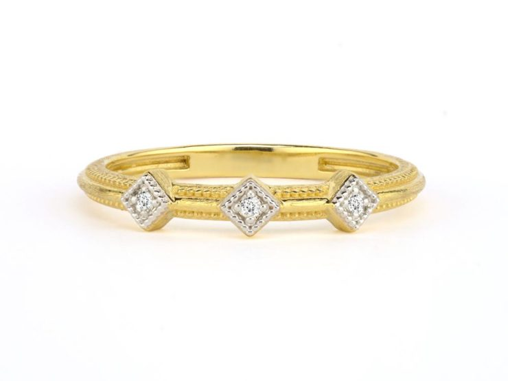 Triple Lisse Simple Diamond Accent Stacker Band