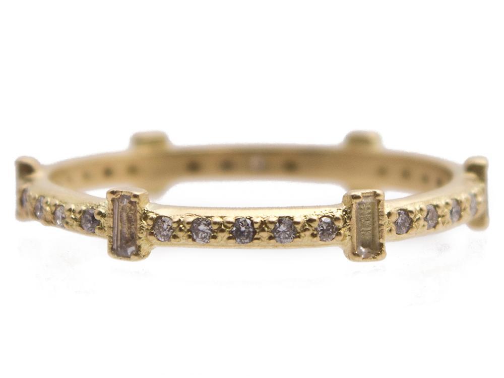 18k Yellow Gold Ring - 13537