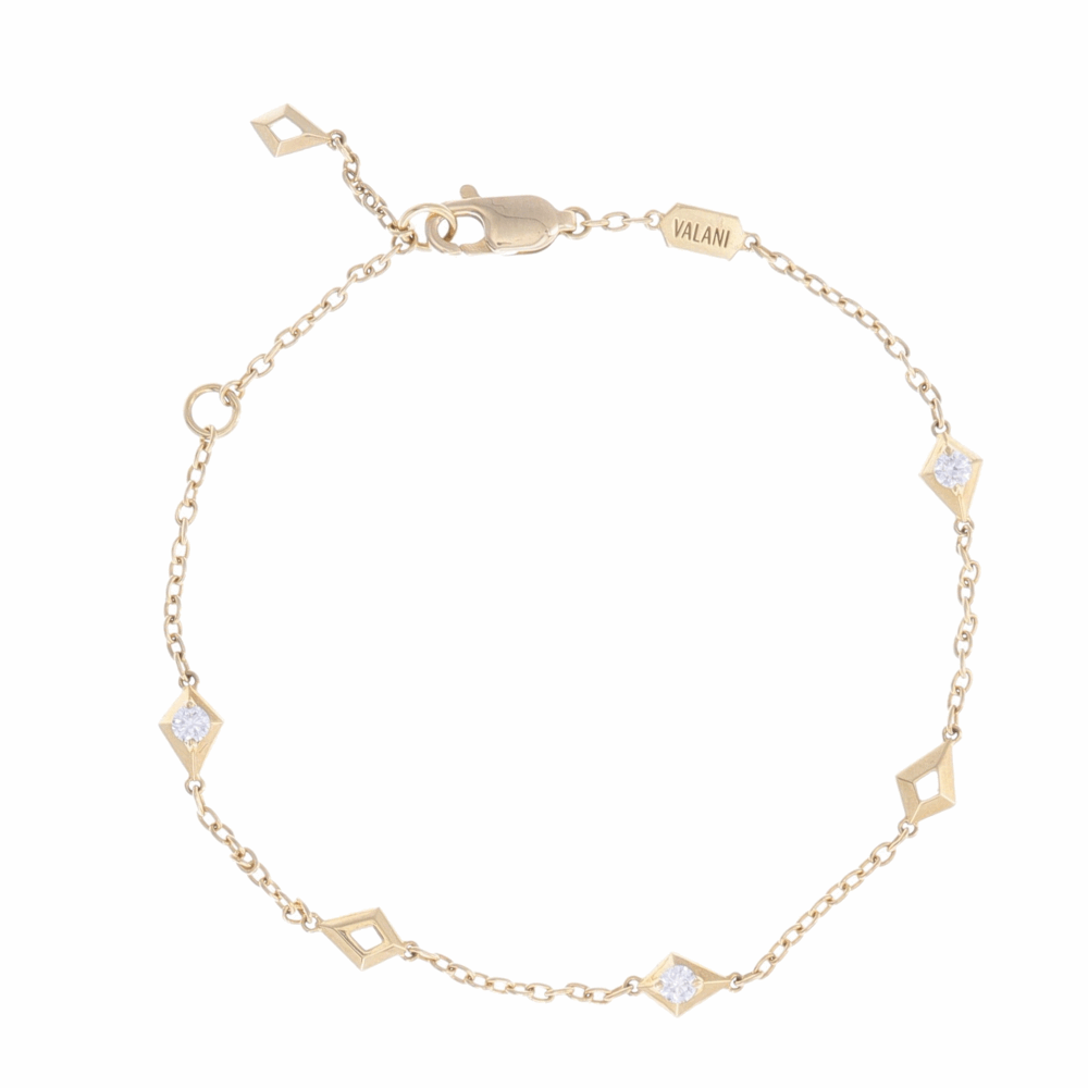 18k Yellow Gold Diamond Station Link Bracelet with Diamond Center