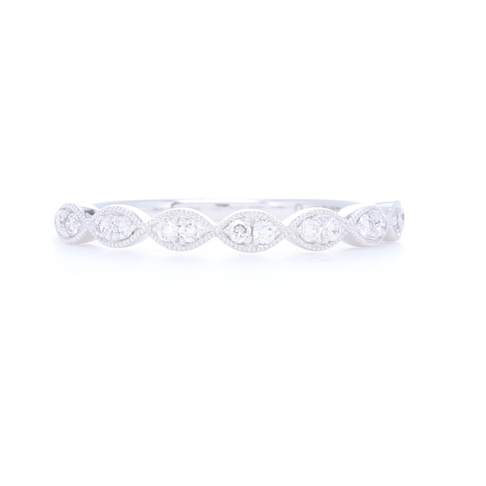 Marquis 1/2 pattern 2 Round Brilliant Prong Set Diamond Band