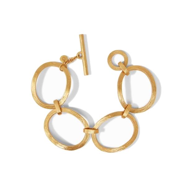 Closeup photo of Aspen Link Bracelet Gold