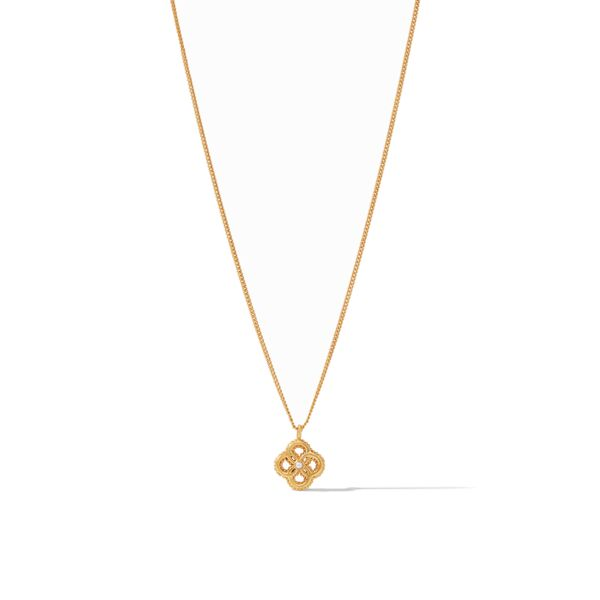 Closeup photo of Chloe Delicate Necklace Gold Pearl