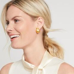 Closeup photo of Aspen Clip-On Earring