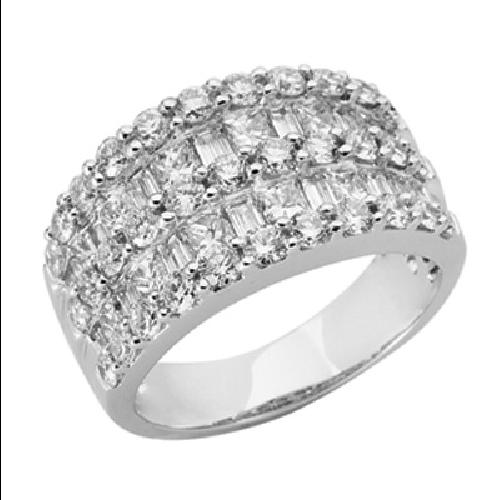 Closeup photo of 14k White Gold and Diamond Ring