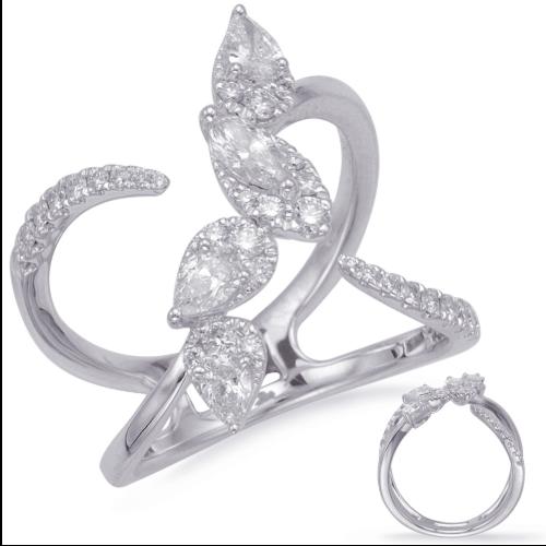 Closeup photo of 14k White Gold Diamond Ring