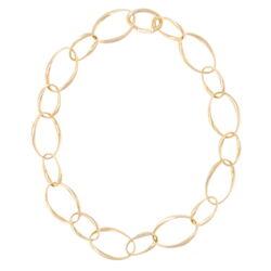 Closeup photo of 14k Classic Gold Chain w/ Alternating Links