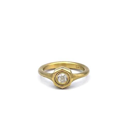 Closeup photo of Gemini Hexagon Ring   0.26ct Rose Nouveau Diamond