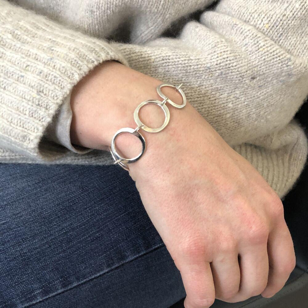 Image 2 for Open Ripple Links Bracelet