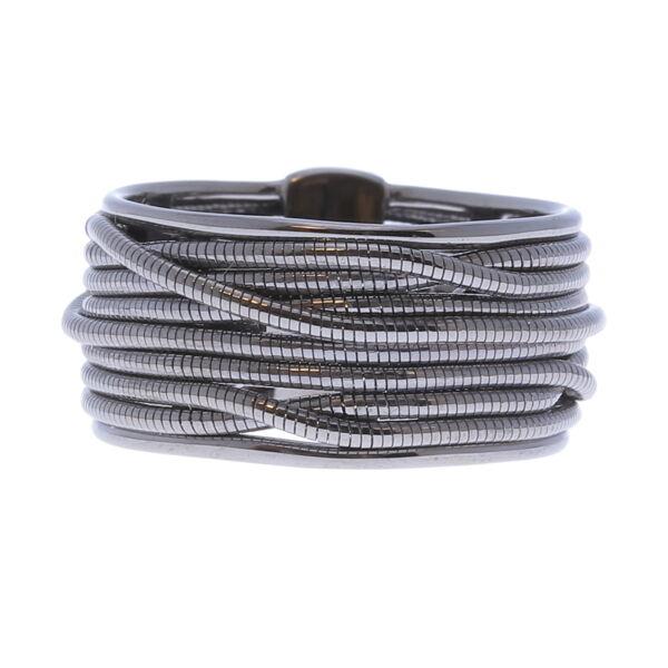 Closeup photo of Thin Ring