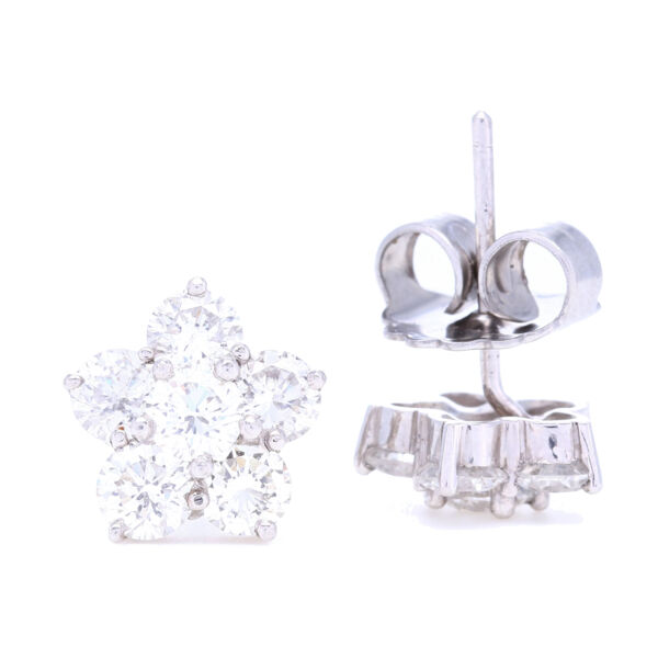 Closeup photo of Platinum Diamond Cluster Flower Studs