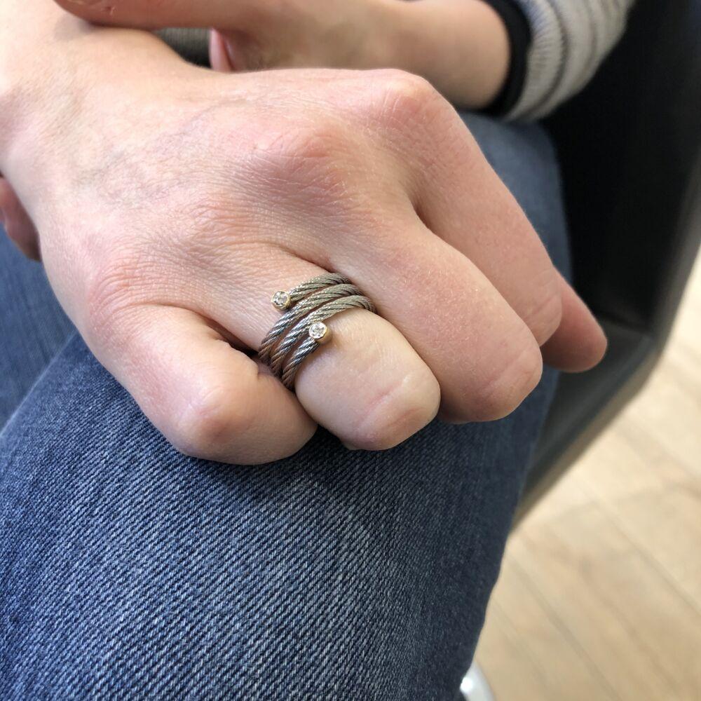 Classique Spring Ring
