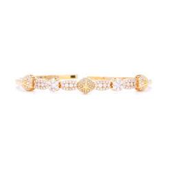 Closeup photo of 18k Pyramid Flexible Bracelet