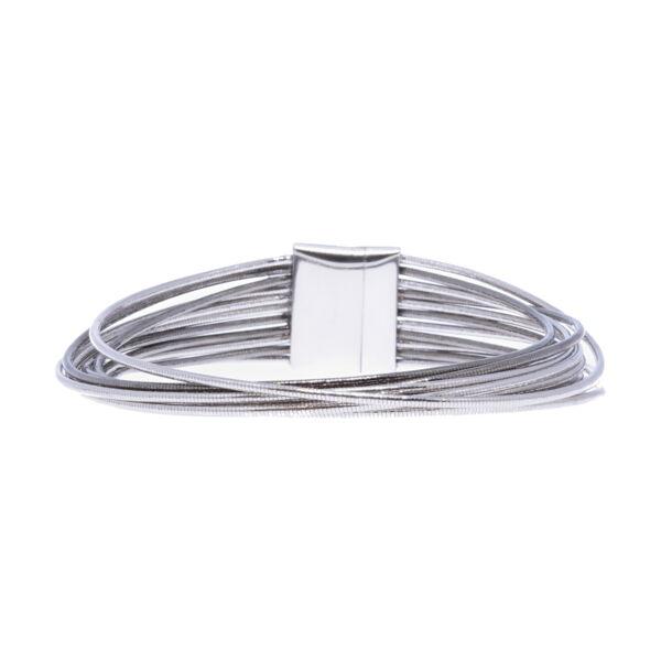 Closeup photo of Thin Clasp Bracelet