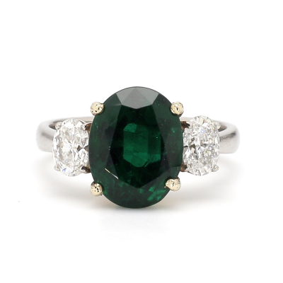 Closeup photo of 3.77ct Emerald Ring with Diamond Accents