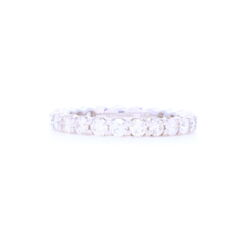 Closeup photo of Shared Prong Brilliant Cut Diamond Eternity Ring