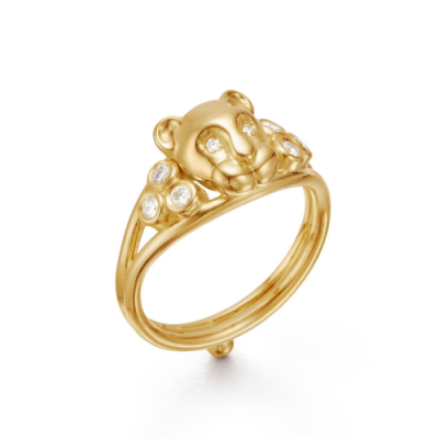 Closeup photo of 18K Small Lion Cub Classic Ring
