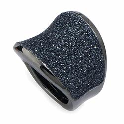 Closeup photo of Small Saddle Ring RUthenium Dark Gray Polvere
