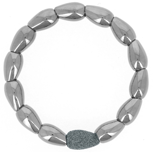 Closeup photo of Teardrop Shaped Metalworks Single Polvere Bracelet Ruthenium Dark Gray Polvere
