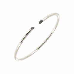 Closeup photo of Thin Diamanti Bangle Bracelet