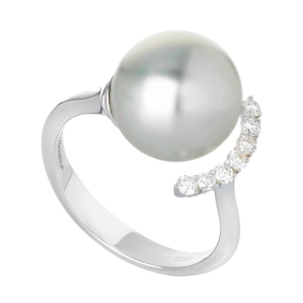 Closeup photo of 18K White Gold White South Sea Pearl Ring Framed with Diamonds