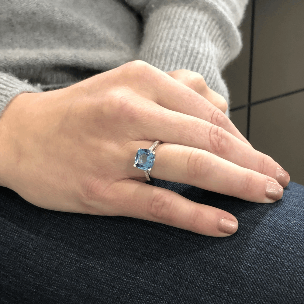 18k London Blue Topaz Ring with Diamonds